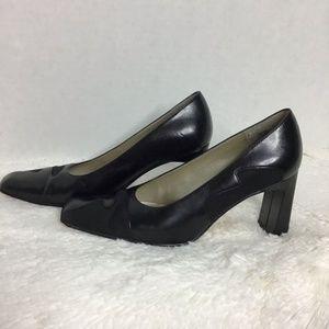 Carriage Court Black Block Heel Pumps Sz 7.5